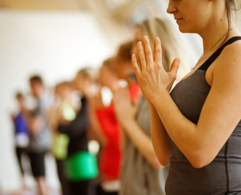 YogaStudents_Prayerhands